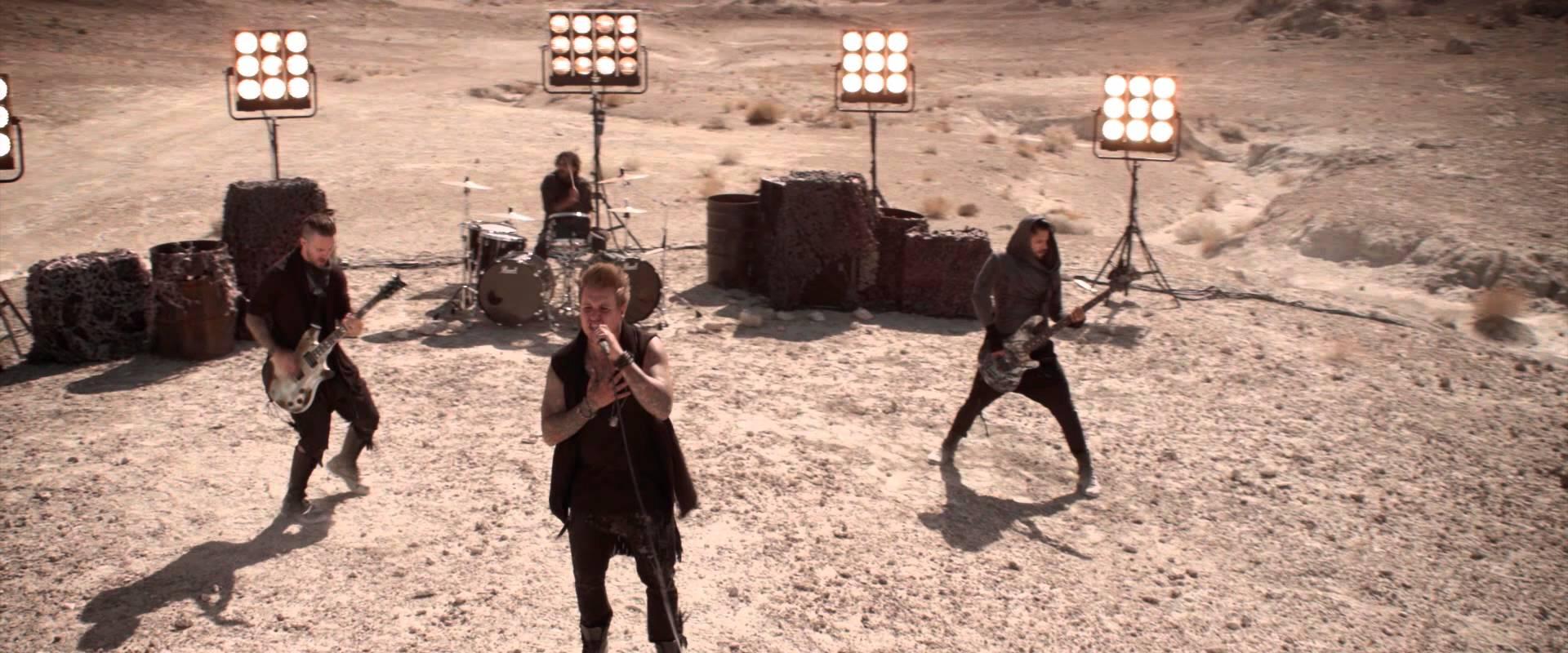 "Gio Mio's Music Review: Papa Roach's ""F.E.A.R."""