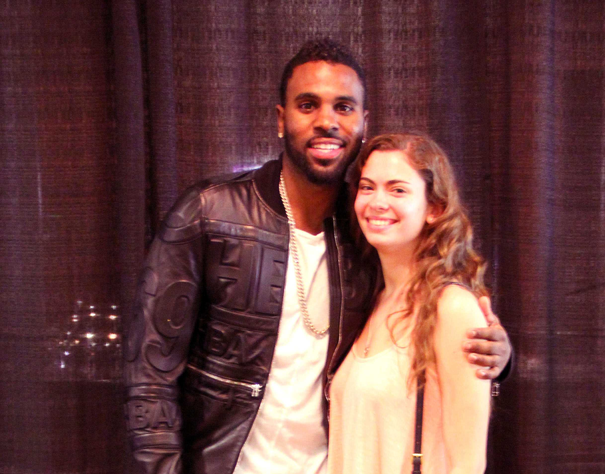 TMA interviews Jason Derulo's hard twerking fan