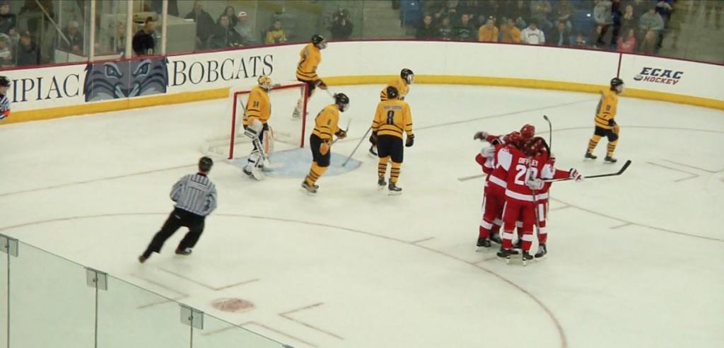 Quinnipiac mens ice hockey falls to Boston University
