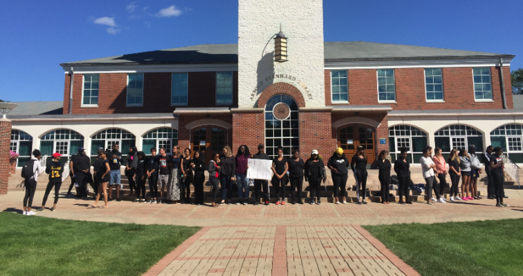 Black Lives Matter protest at Quinnipiac, peaceful and prosperous