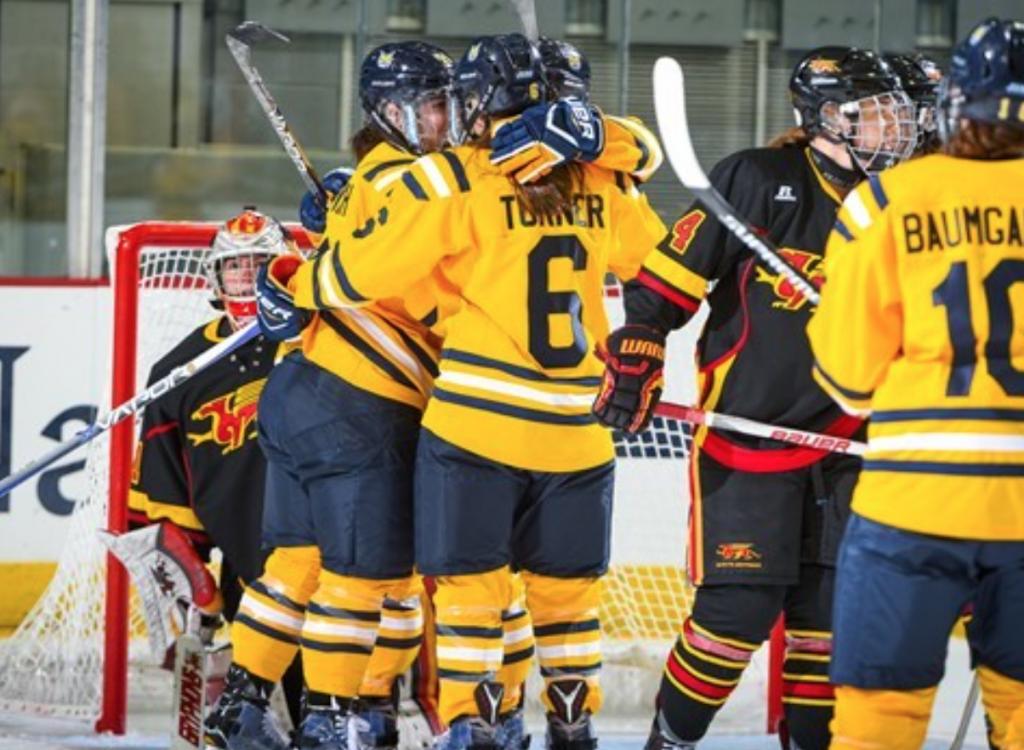 Quinnipiac womens ice hockey defeats Maine, 5-4, in season opener