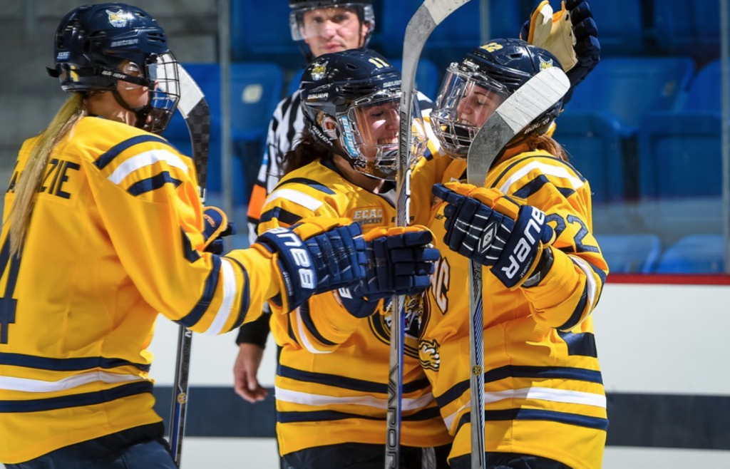 Quinnipiac womens ice hockey rolls Yale 4-1 in ECAC opener