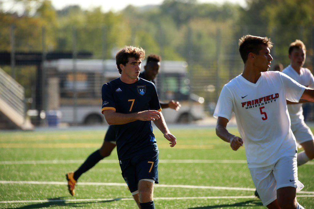 Quinnipiac men's soccer holds on to defeat Manhattan 1-0