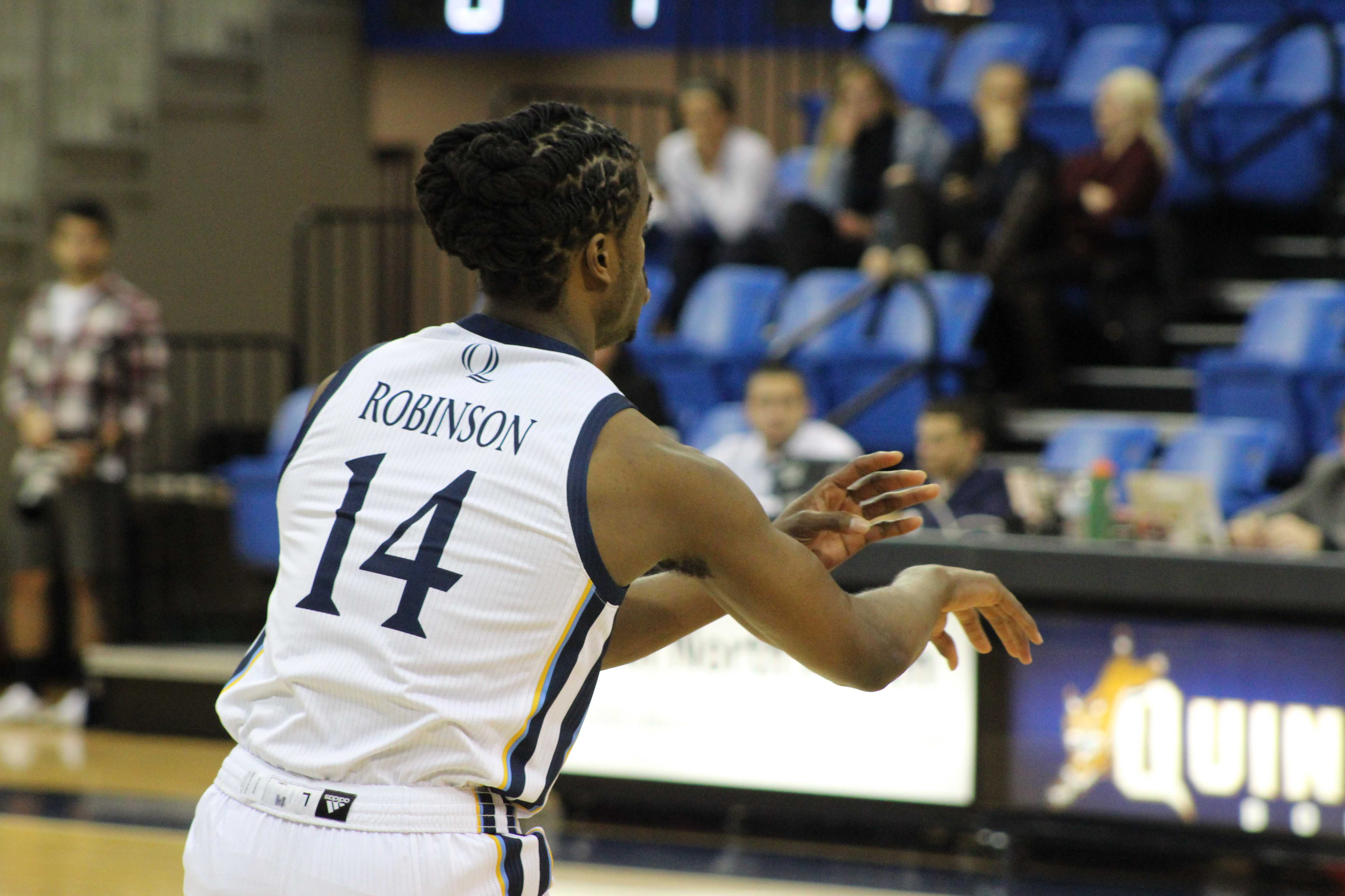 Fairfield's late rally not enough to beat Quinnipiac