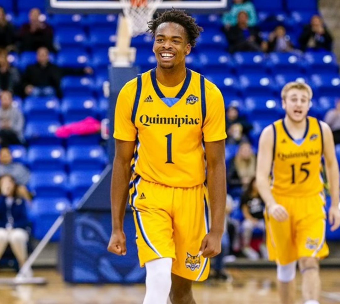 Quinnipiac beats Manhattan in a nail biter, moves to fifth place in the MAAC