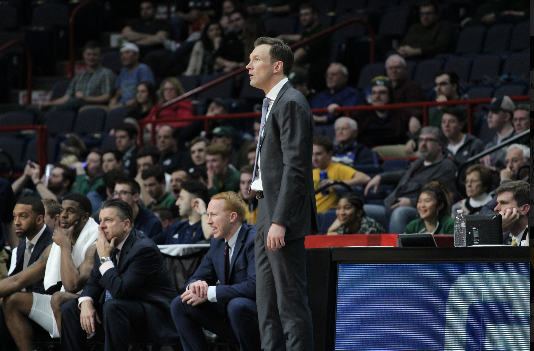 Quinnipiac falls to Canisius in back and forth battle