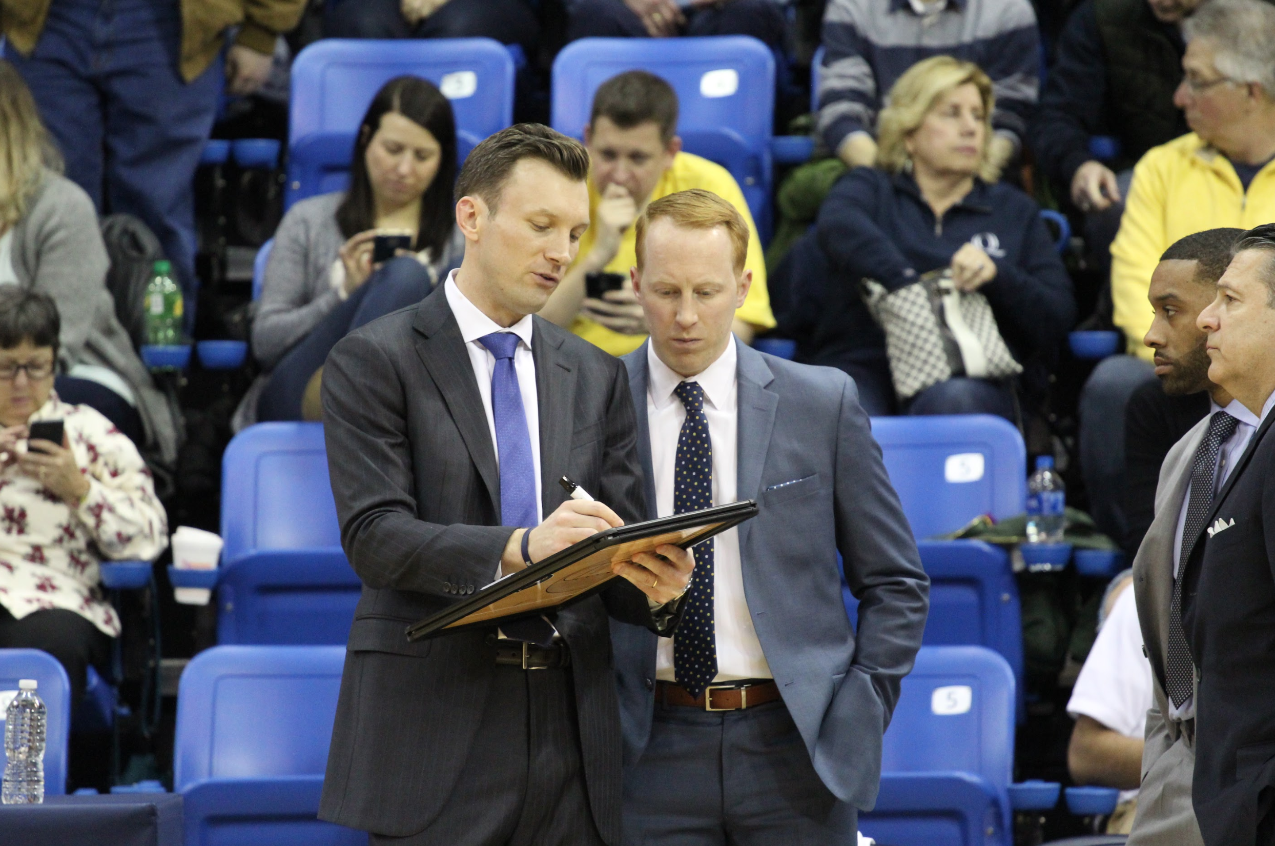 Dunleavy signs extension, Quinnipiac shows its commitment to basketball