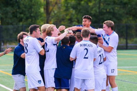 Men's soccer drops final out-of-conference game to #18 UNH