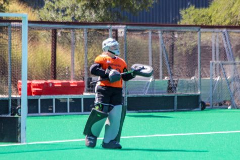 Field hockey celebrates 25th year by shutting out Sacred Heart in home opener