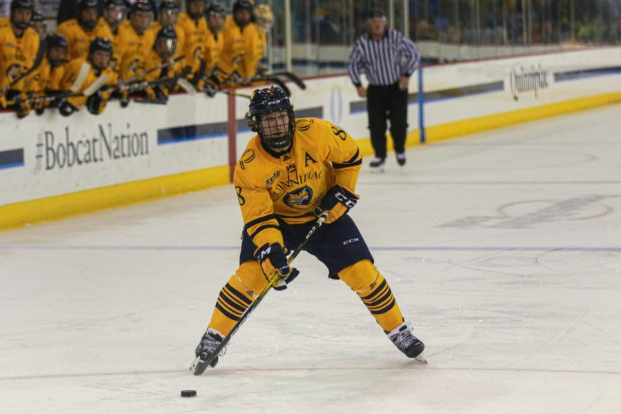 Former Quinnipiac star Whelan signs with Rangers' AHL affiliate