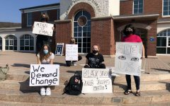 Students protest Quinnipiac's response to homophobic hate