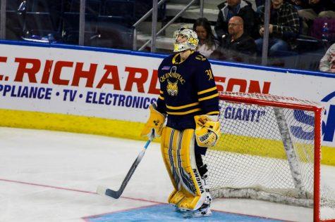Three Stars: Quinnipiac Men's Ice Hockey Sweeps Colgate
